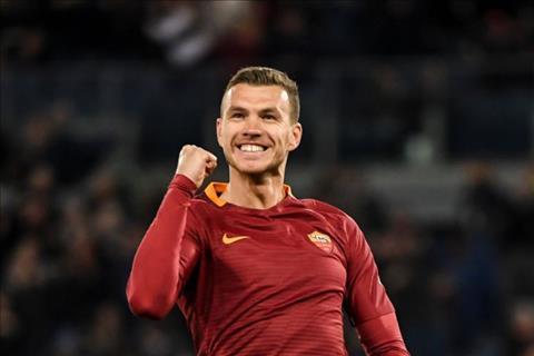 Chelsea duoc Roma bat den xanh o thuong vu Dzeko hinh anh
