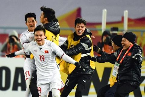 U23 Viet Nam Co mot duong cong hoan my cua Quang Hai hinh anh