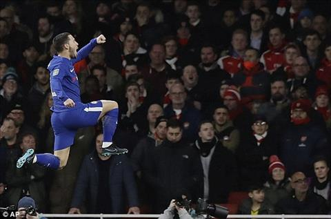 Arsenal 2-1 (2-1) Chelsea Rudiger dua Phao thu vao chung ket cup Lien doan hinh anh 2