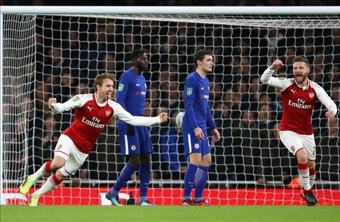 Arsenal 2-1 Chelsea Man tu sat tap the cua The Blues hinh anh 2