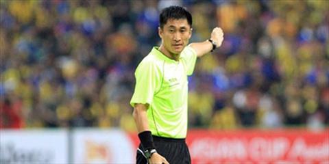 Trong tai Trung Quoc bat chinh tran CK cua U23 Viet Nam vs U23 Uzbekistan hinh anh