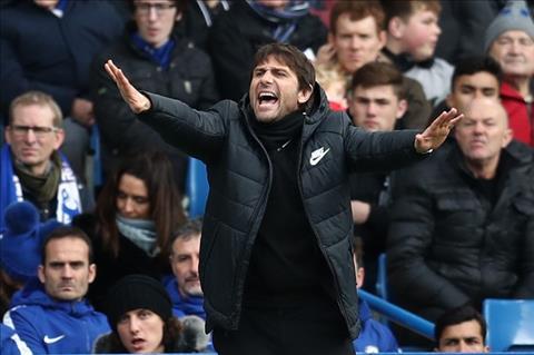 Chelsea 3-0 Newcastle Chien thang de dang, nhung thieu y nghia hinh anh 3