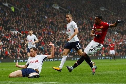 Mourinho noi gi truoc tran dai chien voi Tottenham hinh anh