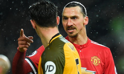 Mourinho Zlatan Ibrahimovic duoc tu do roi Man Utd hinh anh