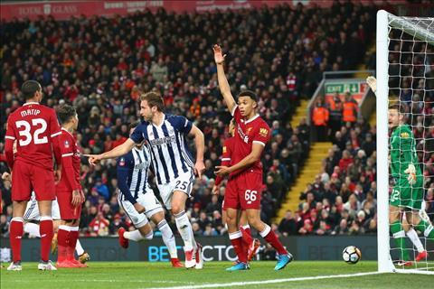 Southampton vs Liverpool (23h30 ngay 112) Tap cach thang nhe hinh anh