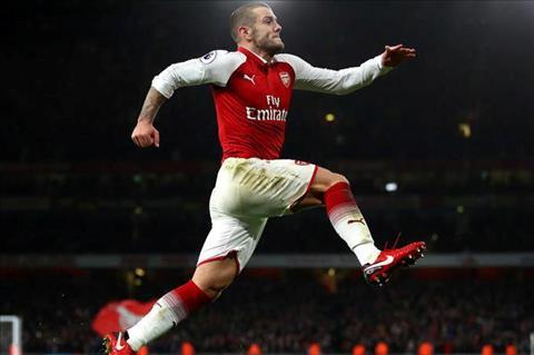 Wenger doi cong bang cho hoc tro tai Arsenal hinh anh