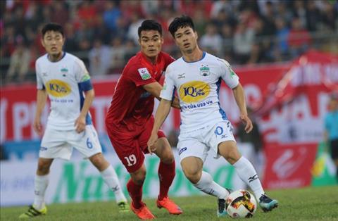 Công Phượng, Văn Thanh góp mặt trong đội hình tiêu biểu V-League hình ảnh