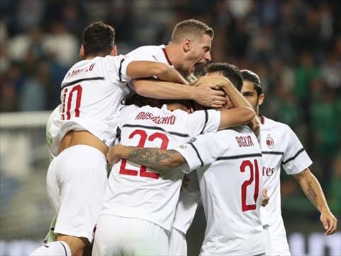 Kết quả trận đấu Sassuolo vs AC Milan 1-4 vòng 7 Serie A 201819 hình ảnh