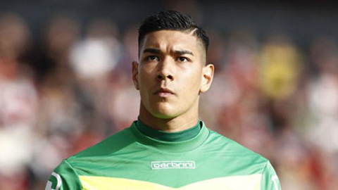 DT Philippines mat Neil Etheridge tai AFF Cup 2018.