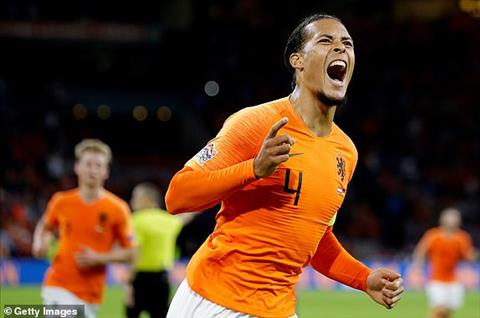 Hà Lan 3-0 Đức Lốc Cam thổi bay xe tăng hình ảnh 2