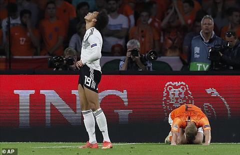 Leroy Sane bị chỉ trích trên đội tuyển Đức hình ảnh