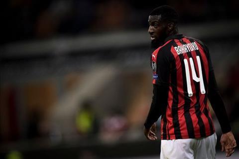AC Milan trả lại Tiemoue Bakayoko cho Chelsea  hình ảnh
