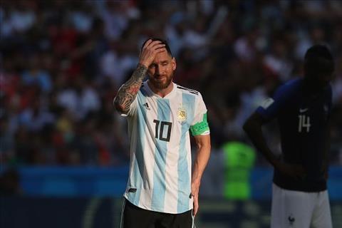 Diego Maradona bi chi trich boi nguoi nha Lionel Messi.