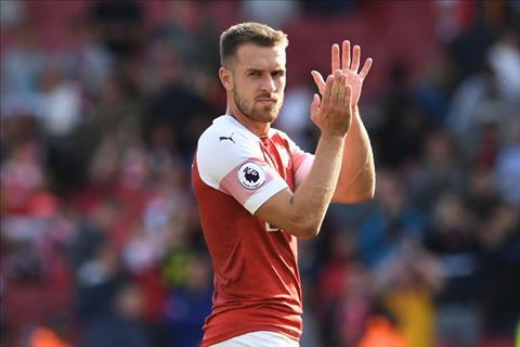 HLV Emery nhắc nhở sự tập trung nơi tiền vệ Ramsey của Arsenal hình ảnh