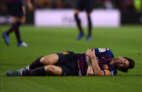 Messi dính chấn thương nặng, khó lòng dự El Clasico hình ảnh