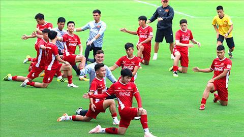ĐT Việt Nam rèn chiến thuật trước cuộc đọ sức với Incheon United hình ảnh