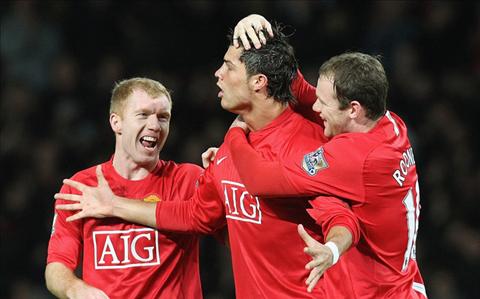 Ronaldo học hỏi từ Paul Scholes để trở thành số 1