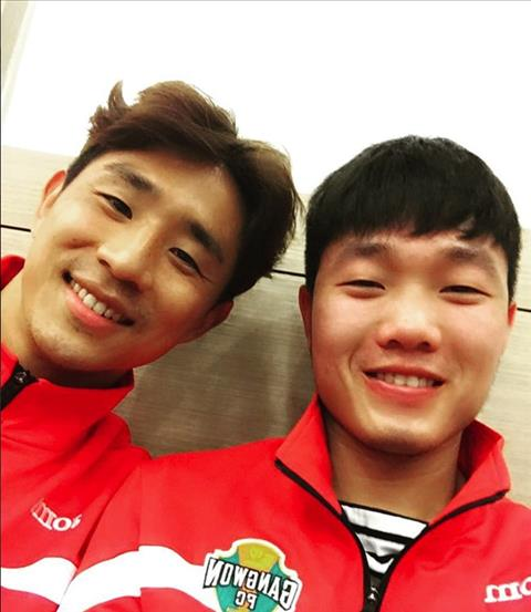 Xuan Truong va Oh Beom-seok co moi quan he than thiet tu thoi o Gangwon FC.