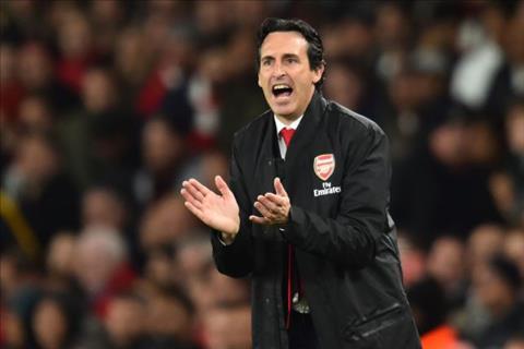 HLV Emery noi ve kha nang Arsenal vo dich NHA mua nay