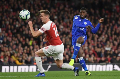 Arsenal vs Leicester Holding