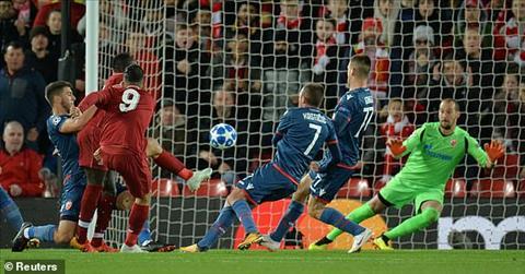 Firmino mo ty so cho Liverpool