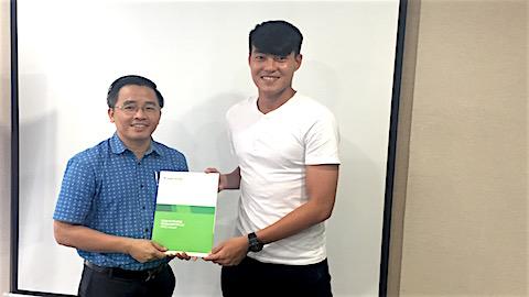HAGL cong bo ban hop dong dau tien cho V-League 2019 la trung ve Pham Hoang Lam.