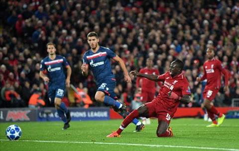 Mane giup Liverpool danh bai  Crvena Zvezda 4-0