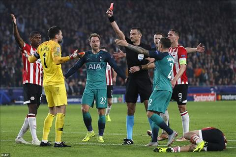 HLV Pochettino bảo vệ thủ môn Lloris ở trận PSV 2-2 Tottenham hình ảnh