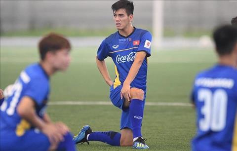 Tiền đạo Nguyễn Tiến Linh có thể lỡ hẹn với AFF Cup 2018 hình ảnh
