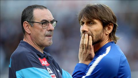 Willian tiet lo su khac biet giua Conte va Sarri