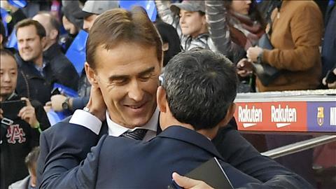 Valverde an ủi Lopetegui sau khi vùi dập Real tan nát hình ảnh