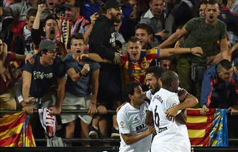 Valencia ghi ban