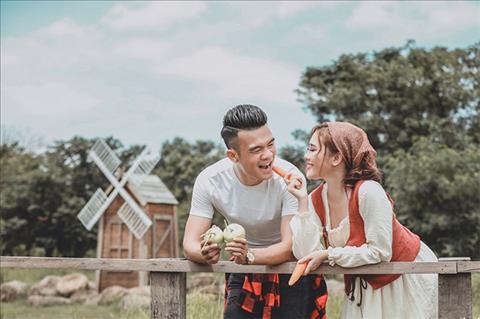 Tiền vệ Ngô Hoàng Thịnh sẽ cưới vợ sau AFF Cup 2018 hình ảnh