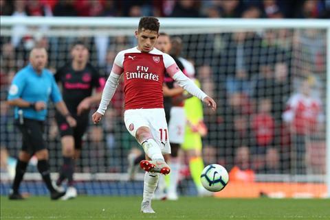 Tiền vệ Torreira của Arsenal hơi lùn để làm huyền thoại Vieira hình ảnh