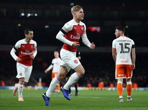 Video Arsenal vs Blackpool 2-1 clip bàn thắng League Cup 2018 hình ảnh