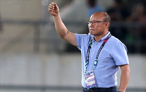 Coach Hang Seo warned his students before the match against Malaysia