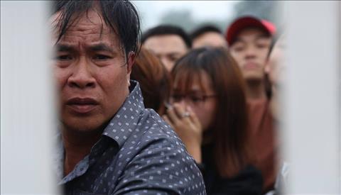 Cơn sốt vé trận Việt Nam vs Malaysia Khi đam mê chứa đựng mưa, mồ hôi và nước mắt hình ảnh 2