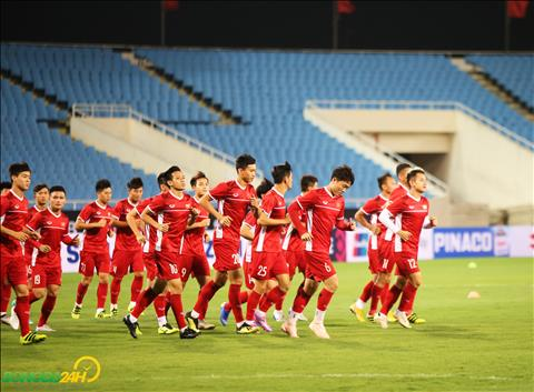 A Vietnamese expert sees a picture of Vietnam against Malaysia