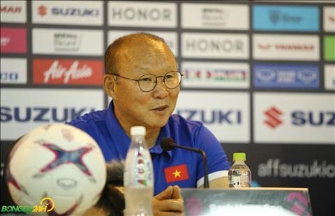 HLV Park Hang Seo thận trọng trước cuộc đọ sức với Myanmar hình ảnh