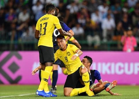 Mohamadou Sumareh duoc cho la da dinh chan thuong gan khoeo truoc tran Viet Nam vs Malaysia