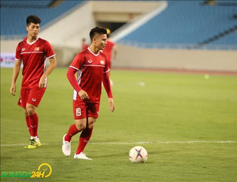 Quang Hải quyết đánh bại Malaysia ở AFF Cup 2018 hình ảnh