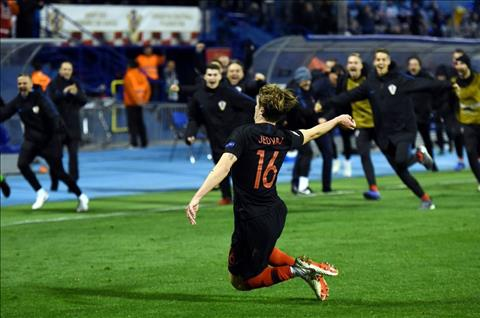 Luis Enrique phát biểu sau trận Croatia 3-2 TBN hình ảnh
