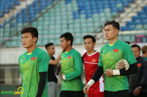 ĐT Việt Nam làm quen sân Thunwunna trước ngày đấu Myanmar hình ảnh