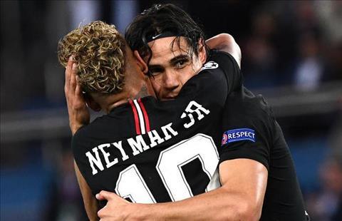 Cavani tiet lo moi quan he that su voi Neymar