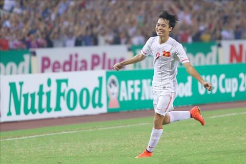 Van Toan ghi ban cho U19 Viet Nam o tran gap U19 Myanmar tai ban ket giai U19 Dong Nam A 2014 to chuc tai My Dinh