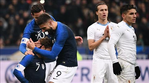 Deschamps khen ngợi Griezmann vì nhường penalty cho Giroud hình ảnh