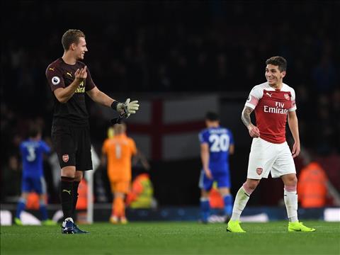 HLV Emery giải thích lý do giam hãm Leno và Torreira của Arsenal hình ảnh