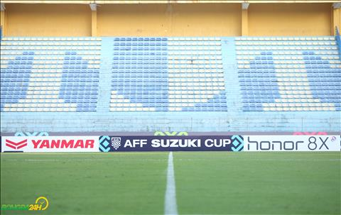 Cac bien quang cao cung da duoc thay the bang nha tai tro cua AFF Cup 2018.