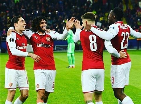 Elneny sap theo chan Ramsey roi Arsenal