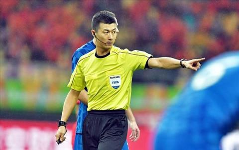 Trọng tài trận Việt Nam vs Campuchia là hung thần Trung Quốc hình ảnh